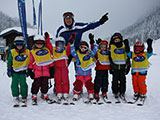 Childres´s group with ski instructor Wolfgang